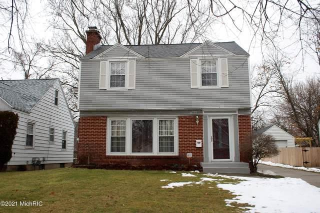 1035 Edna Street SE, Grand Rapids, MI 49507 (MLS #21001624) :: Deb Stevenson Group - Greenridge Realty
