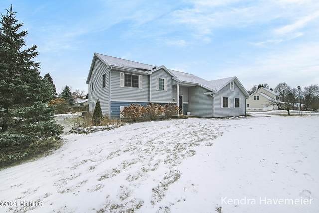 7222 Jewelbrooke Drive SE, Grand Rapids, MI 49548 (MLS #21001694) :: Ginger Baxter Group