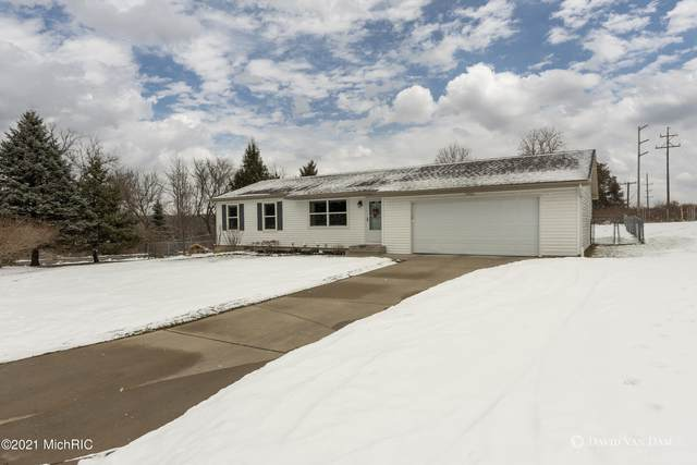 7042 Adaridge Drive SE, Ada, MI 49301 (MLS #21001927) :: JH Realty Partners