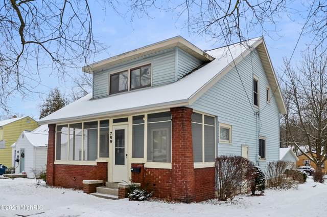 759 Eastern Avenue NE, Grand Rapids, MI 49503 (MLS #21001943) :: CENTURY 21 C. Howard