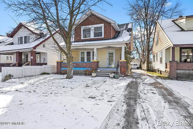 708 Griggs Street SW, Grand Rapids, MI 49503 (MLS #21002080) :: Ron Ekema Team