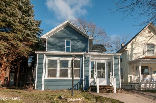 1129 Niles Avenue, St. Joseph, MI 49085 (MLS #21002087) :: Jennifer Lane-Alwan