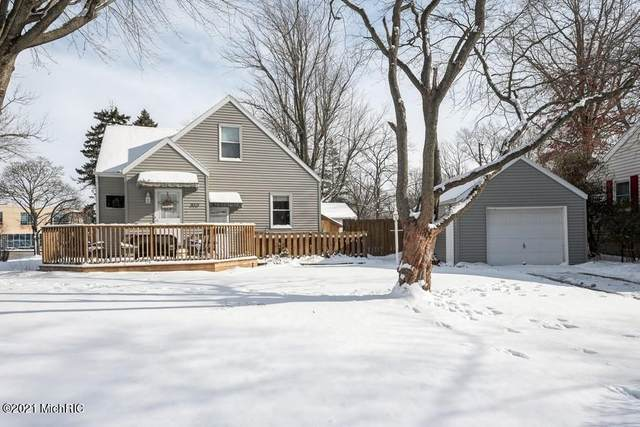910 Botham Avenue, St. Joseph, MI 49085 (MLS #21002128) :: Jennifer Lane-Alwan