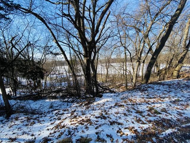 69040 Wallowa Road, White Pigeon, MI 49099 (MLS #21002231) :: Deb Stevenson Group - Greenridge Realty