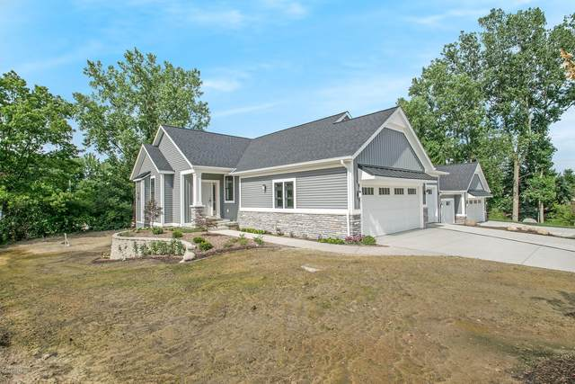 2439 Ravines Trail Drive SW 8A, Byron Center, MI 49315 (MLS #21002585) :: JH Realty Partners