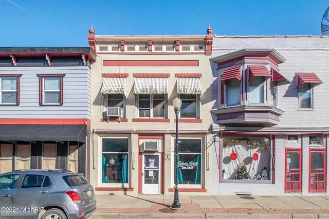 155 S Washington Street, Constantine, MI 49042 (MLS #21002647) :: Deb Stevenson Group - Greenridge Realty