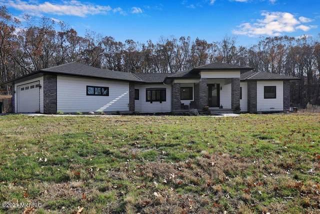 9170 Bennett Street SE, Ada, MI 49301 (MLS #21003260) :: Deb Stevenson Group - Greenridge Realty