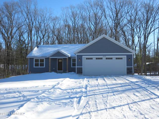 13628 144th Street, Grand Haven, MI 49417 (MLS #21004639) :: BlueWest Properties
