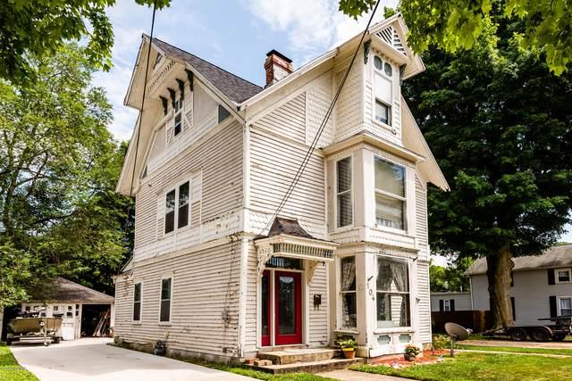 104 N Detroit Street, Buchanan, MI 49107 (MLS #21005147) :: Deb Stevenson Group - Greenridge Realty