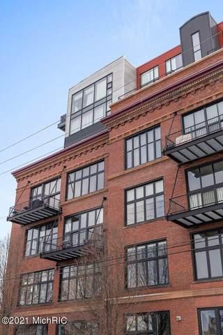 600 Broadway Avenue NW Suite 214, Grand Rapids, MI 49504 (MLS #21005452) :: CENTURY 21 C. Howard