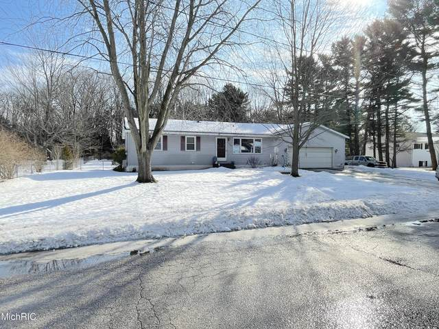 5066 Melmax Street, Norton Shores, MI 49441 (MLS #21005836) :: Ron Ekema Team