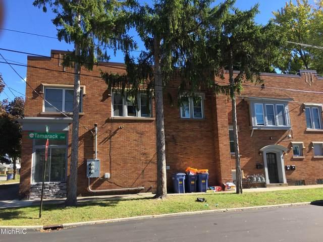 934 11th Street NW, Grand Rapids, MI 49504 (MLS #21005890) :: CENTURY 21 C. Howard