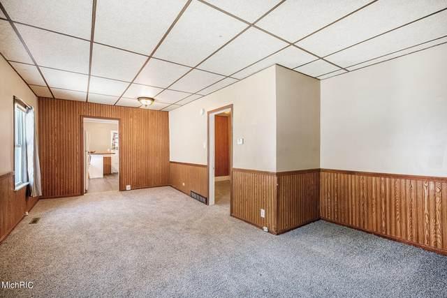 681 Byers Street NE, Grand Rapids, MI 49505 (MLS #21006033) :: CENTURY 21 C. Howard