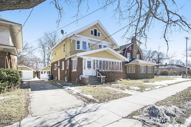 1936 Madison Avenue SE, Grand Rapids, MI 49507 (MLS #21006317) :: JH Realty Partners