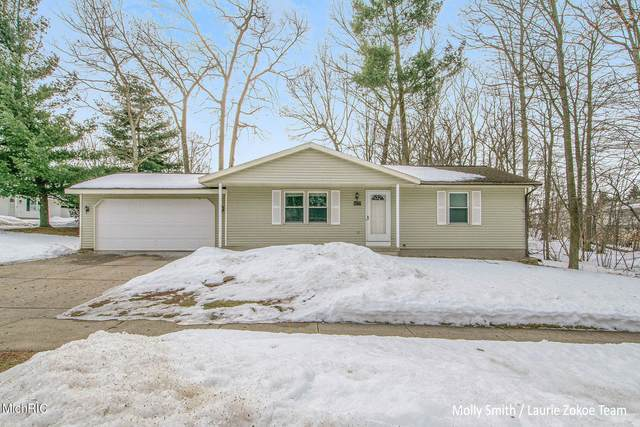 4177 Chasseral Drive NW, Comstock Park, MI 49321 (MLS #21006336) :: CENTURY 21 C. Howard