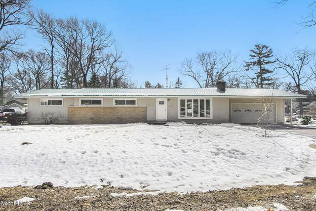 15500 Harry Street, Grand Haven, MI 49417 (MLS #21006497) :: BlueWest Properties