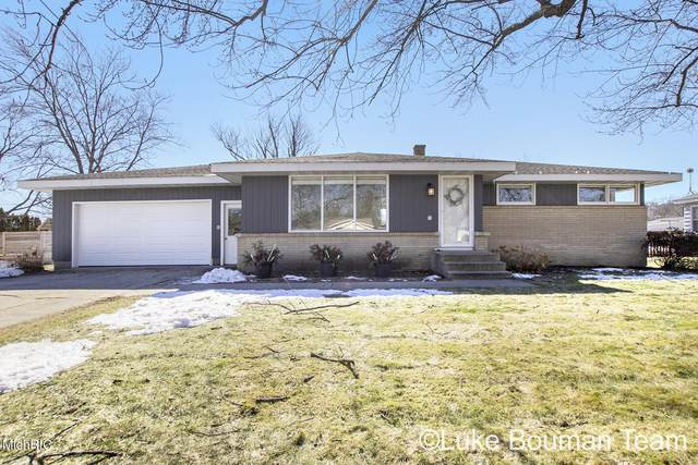 54 W 35th Street, Holland, MI 49423 (MLS #21006602) :: Your Kzoo Agents