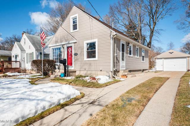1155 Edna Street SE, Grand Rapids, MI 49507 (MLS #21006684) :: Your Kzoo Agents