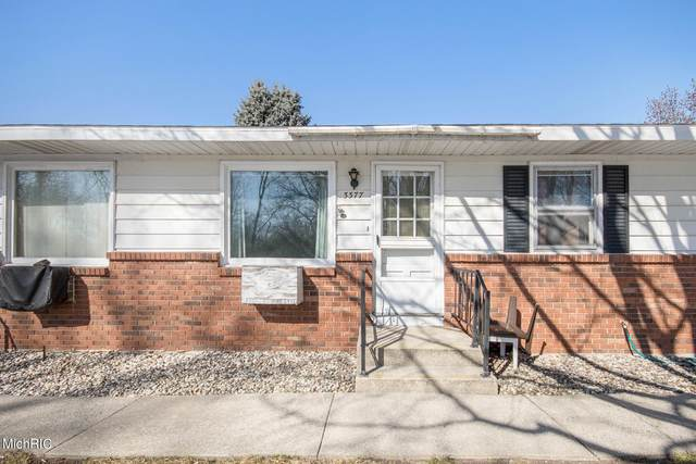 3377 Division Avenue SW, Grandville, MI 49418 (MLS #21006783) :: BlueWest Properties