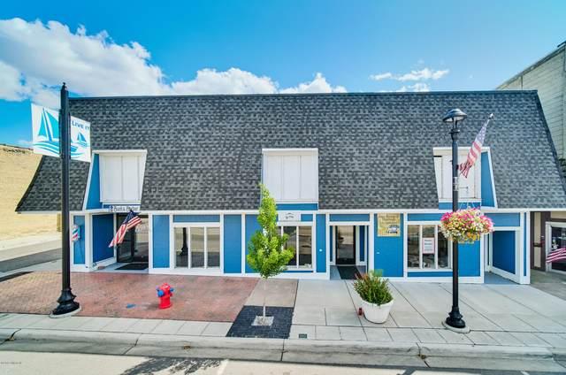 117 W Colby Street, Whitehall, MI 49461 (MLS #21006939) :: Keller Williams Realty | Kalamazoo Market Center
