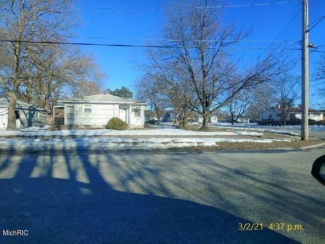 4812 Marshall Avenue SE, Grand Rapids, MI 49508 (MLS #21007252) :: Ginger Baxter Group