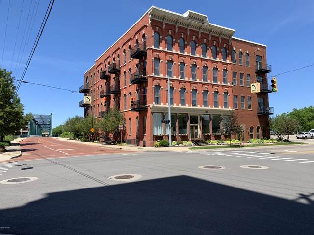 801 Monroe Avenue NW #303, Grand Rapids, MI 49503 (MLS #21007431) :: JH Realty Partners