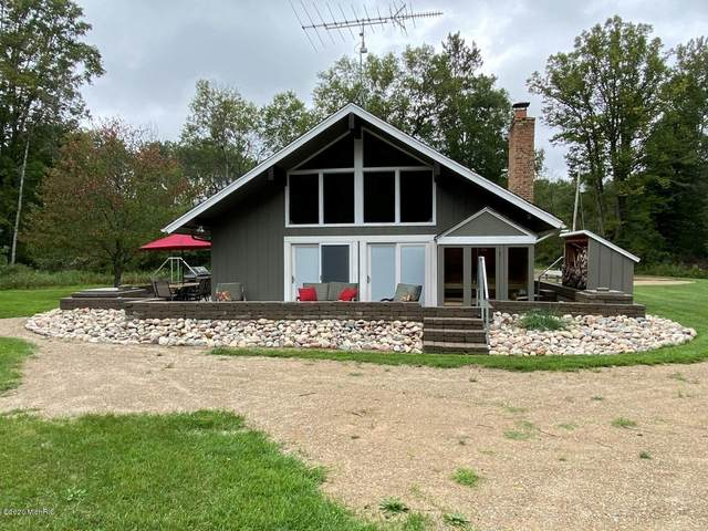 741 E Kinney, Baldwin, MI 49304 (MLS #21008228) :: BlueWest Properties