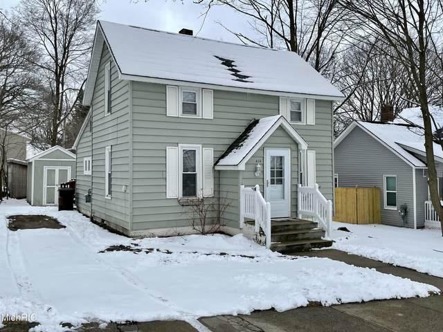 414 Howard Street, Cadillac, MI 49601 (MLS #21008232) :: Deb Stevenson Group - Greenridge Realty