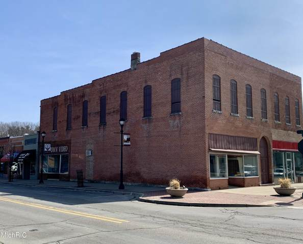 101 Days Avenue, Buchanan, MI 49107 (MLS #21008243) :: Deb Stevenson Group - Greenridge Realty