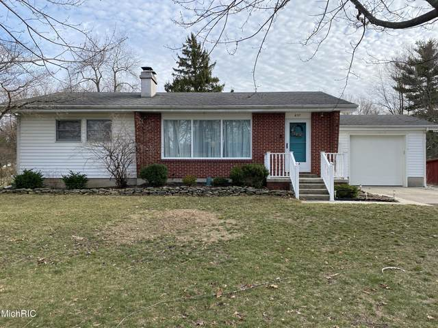 837 W Chestnut Street, Morenci, MI 49256 (MLS #21008501) :: Your Kzoo Agents