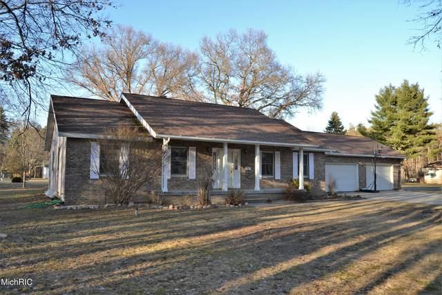 15839 Belmont Drive, Big Rapids, MI 49307 (MLS #21008954) :: CENTURY 21 C. Howard