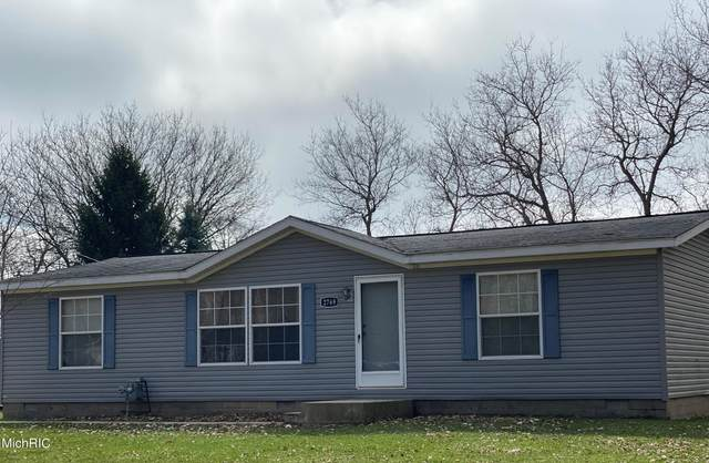 2769 Taylor Road, Hillsdale, MI 49242 (MLS #21009876) :: Your Kzoo Agents