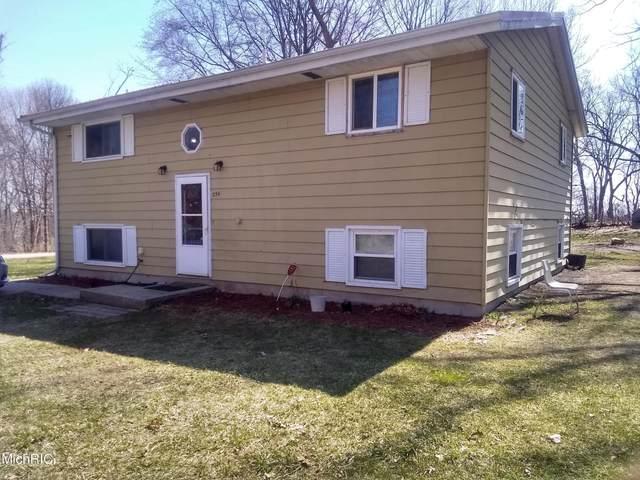256 Pollard Avenue, Benton Harbor, MI 49022 (MLS #21010132) :: Deb Stevenson Group - Greenridge Realty