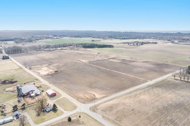 80 Acres-+/- 72nd Avenue, Pentwater, MI 49449 (MLS #21010632) :: Deb Stevenson Group - Greenridge Realty