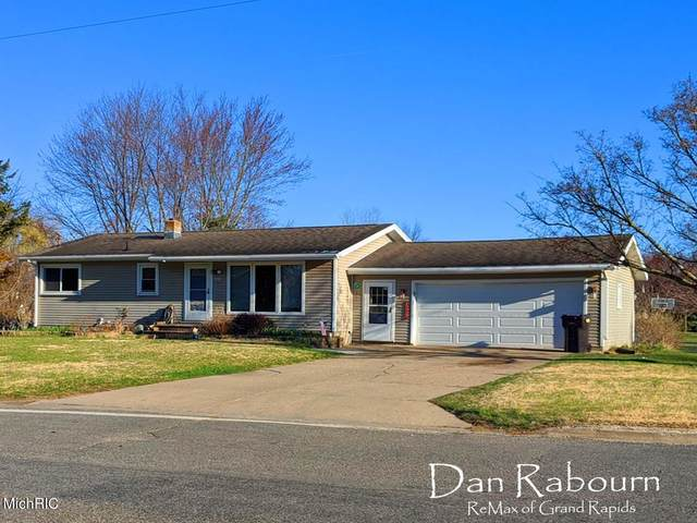 951 76th Street SE, Byron Center, MI 49315 (MLS #21010657) :: Deb Stevenson Group - Greenridge Realty
