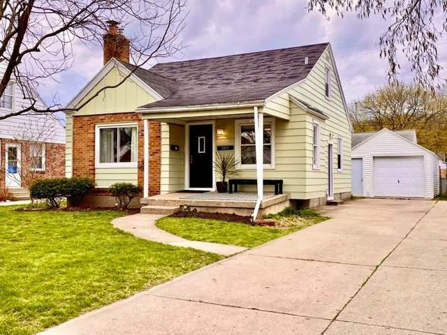 1811 Fremont Avenue NW, Grand Rapids, MI 49504 (MLS #21011646) :: Ginger Baxter Group