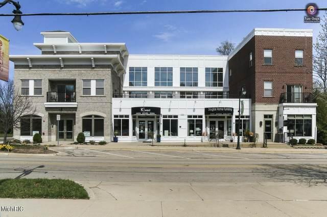 150 Center Unit I, Douglas, MI 49406 (MLS #21011675) :: Ginger Baxter Group