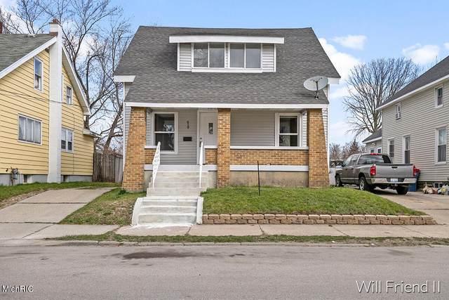619 Hogan Street SW, Grand Rapids, MI 49503 (MLS #21011779) :: CENTURY 21 C. Howard