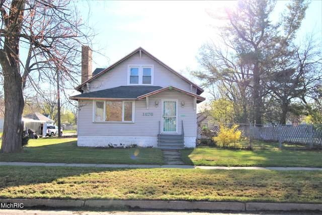 1676 Terrace Street, Muskegon, MI 49442 (MLS #21011796) :: CENTURY 21 C. Howard