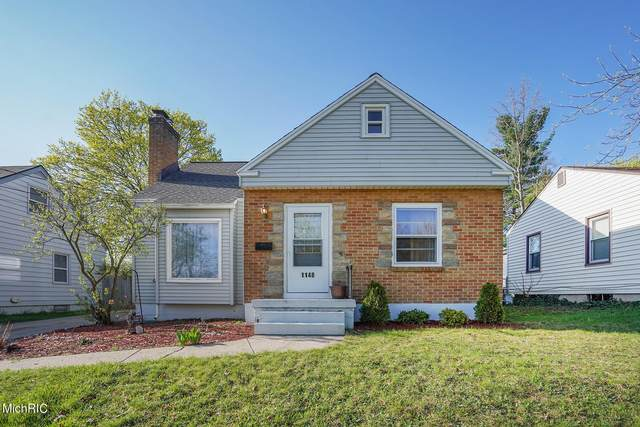 1148 Aberdeen Street NE, Grand Rapids, MI 49505 (MLS #21011981) :: Ginger Baxter Group