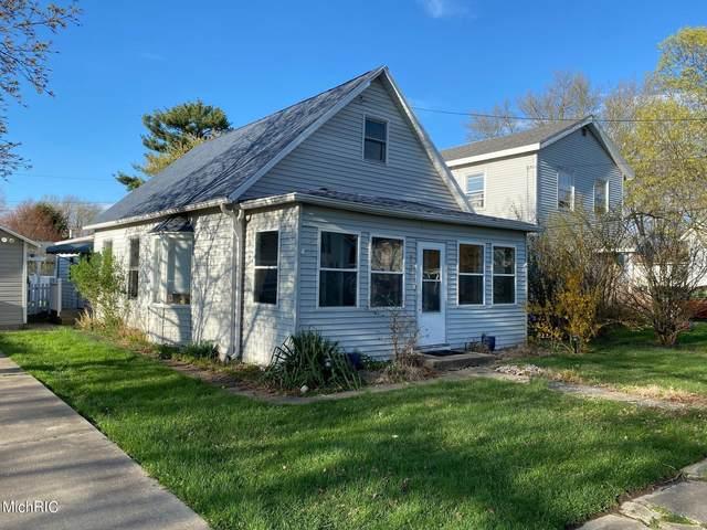 207 E Beech Street, Three Oaks, MI 49128 (MLS #21011999) :: CENTURY 21 C. Howard