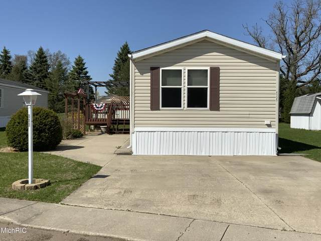 69205 Garver Lake Road #111, Edwardsburg, MI 49112 (MLS #21012001) :: Your Kzoo Agents