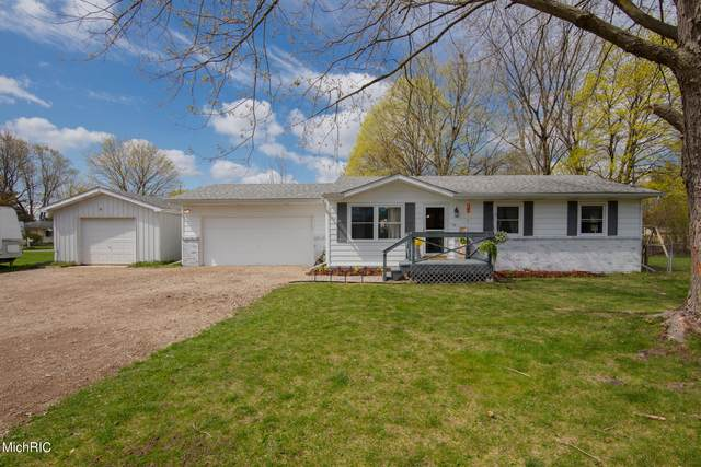 3811 Mead Street, Kalamazoo, MI 49004 (MLS #21012002) :: Deb Stevenson Group - Greenridge Realty