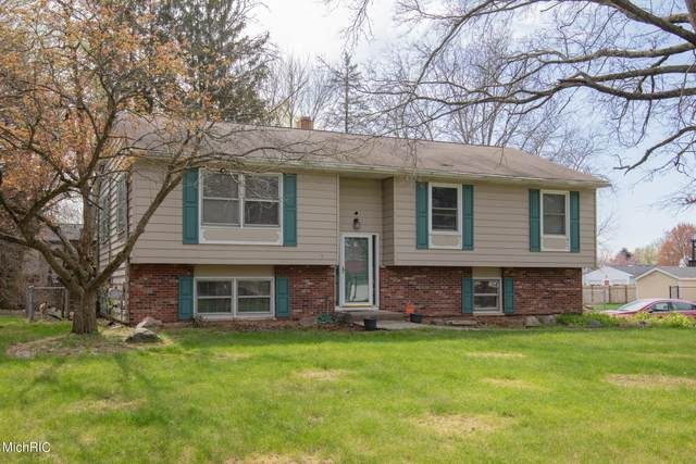 5775 Castleton Lane, Kalamazoo, MI 49009 (MLS #21012014) :: Deb Stevenson Group - Greenridge Realty