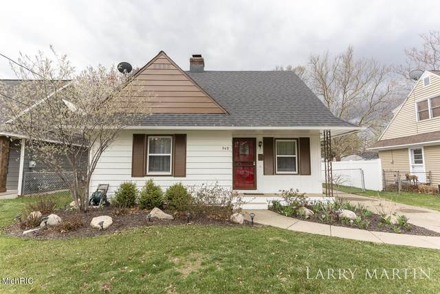 948 Colrain Street SW, Wyoming, MI 49509 (MLS #21012016) :: Ginger Baxter Group