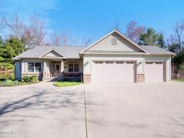 3900 Serenity Lane, Whitehall, MI 49461 (MLS #21012056) :: Your Kzoo Agents