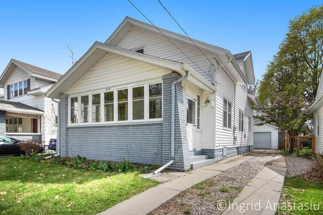 414 Knapp Street NE, Grand Rapids, MI 49505 (MLS #21012090) :: Deb Stevenson Group - Greenridge Realty