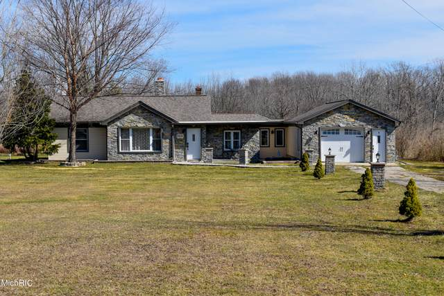 365 Blue Star Highway, South Haven, MI 49090 (MLS #21012388) :: Your Kzoo Agents