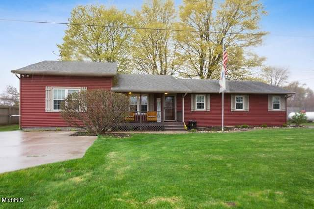 15916 Madron Lake Road, Buchanan, MI 49107 (MLS #21012633) :: Your Kzoo Agents