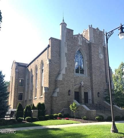 253 Prospect Avenue NE #302, Grand Rapids, MI 49503 (MLS #21012651) :: JH Realty Partners